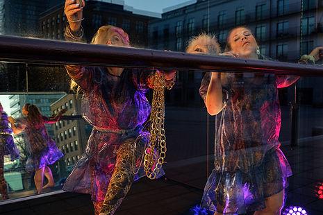 Uncover Choreography Sanna och Elinor, A little bit Wet n a little bit Wild .jpeg