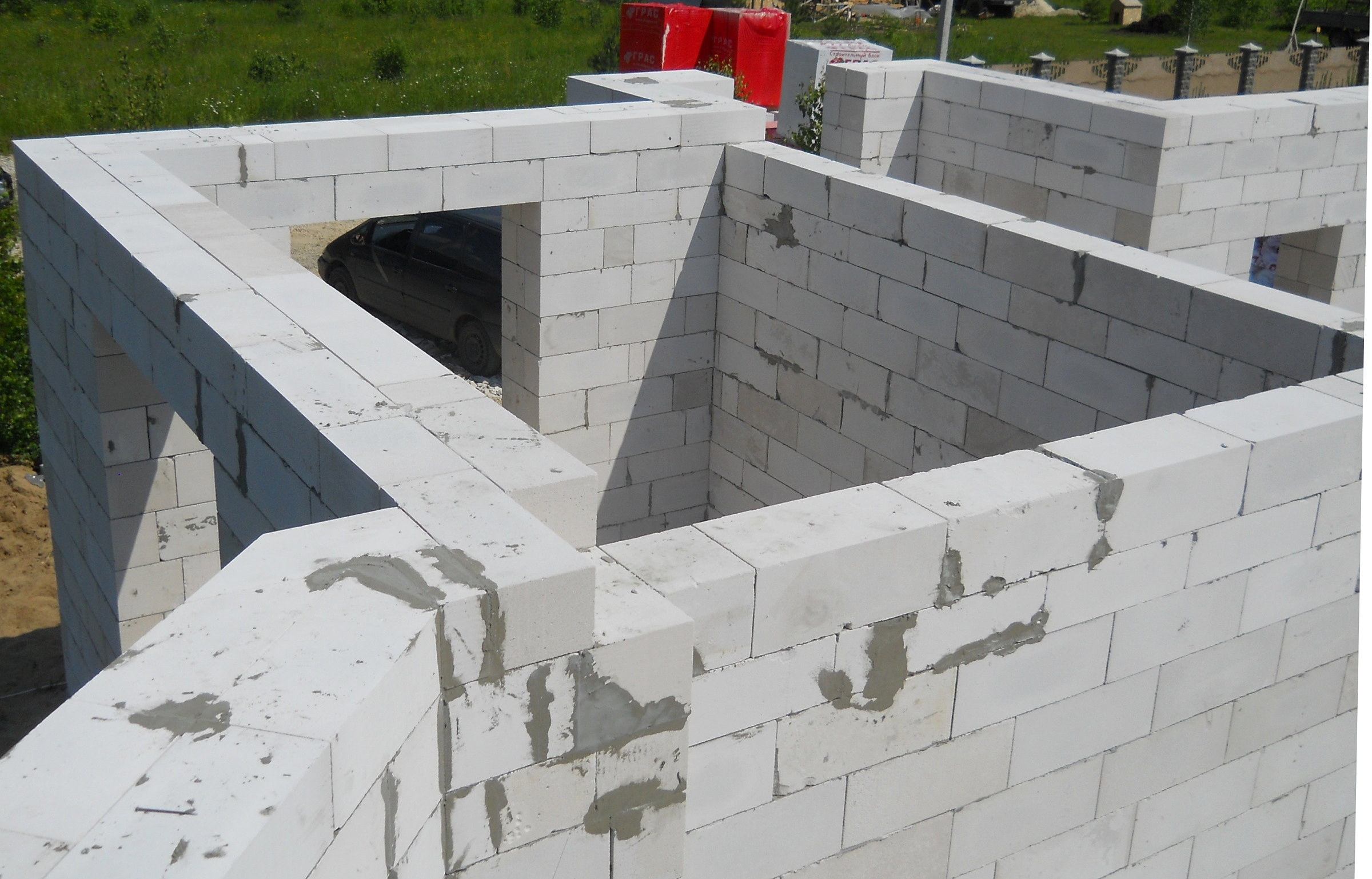 Построить своими руками дом из газосиликатные блоки