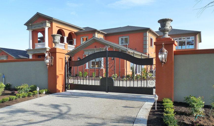 Driveway Gates Garden Gates Fencing Mailboxes Balconies