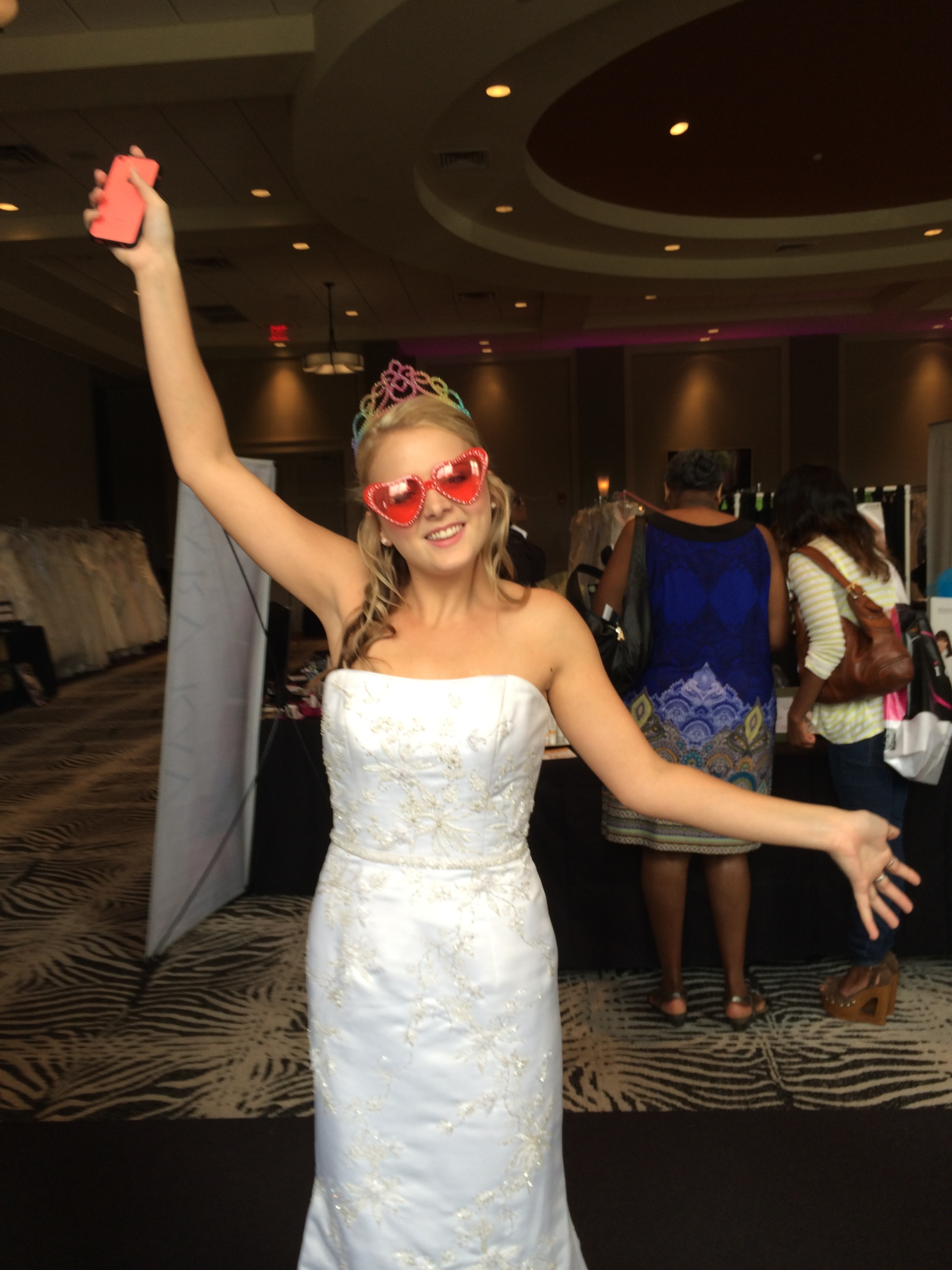 The pink bridal show memphis photo booth bling photo for Wedding dress rental memphis tn