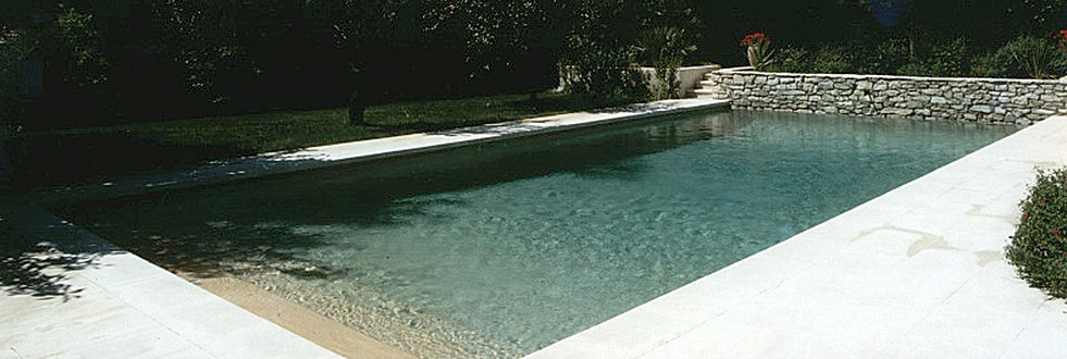 Constructeur piscines pisciniste piscine b ton arm for Constructeur piscine belgique