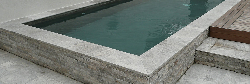 Constructeur piscines pisciniste piscine b ton arm for Piscine hors sol en beton arme