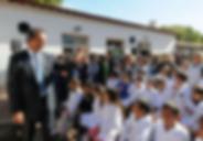 Daniel Scioli con alumnos