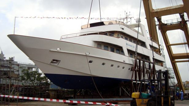 The-launch-of-the-39m-superyacht-Megaway-128.jpg