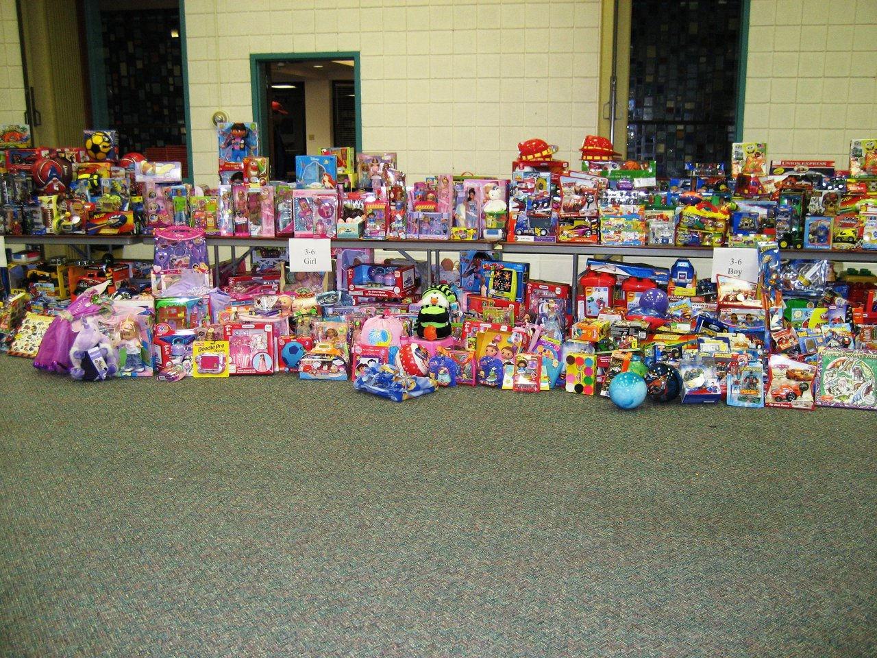 Toys For Girls Age 6 : Wartburg holiday shoppe wix