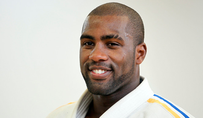 documentaire dans l 39 ombre de teddy riner thelinkfwi. Black Bedroom Furniture Sets. Home Design Ideas