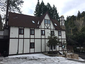 Vintage Lodge