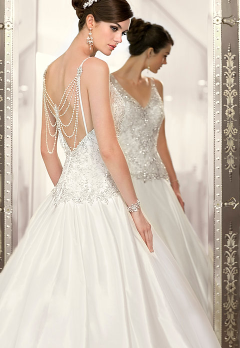 Wet Edmonton Mall Wedding Dresses 6