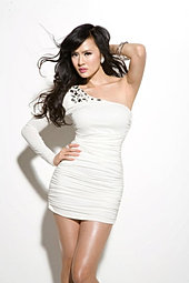 HELENA NGOC HONG - Singer/Model