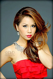 MINH TUYET - Singer