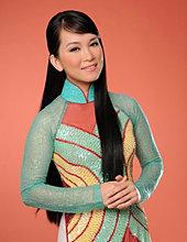 HUONG THUY - Singer