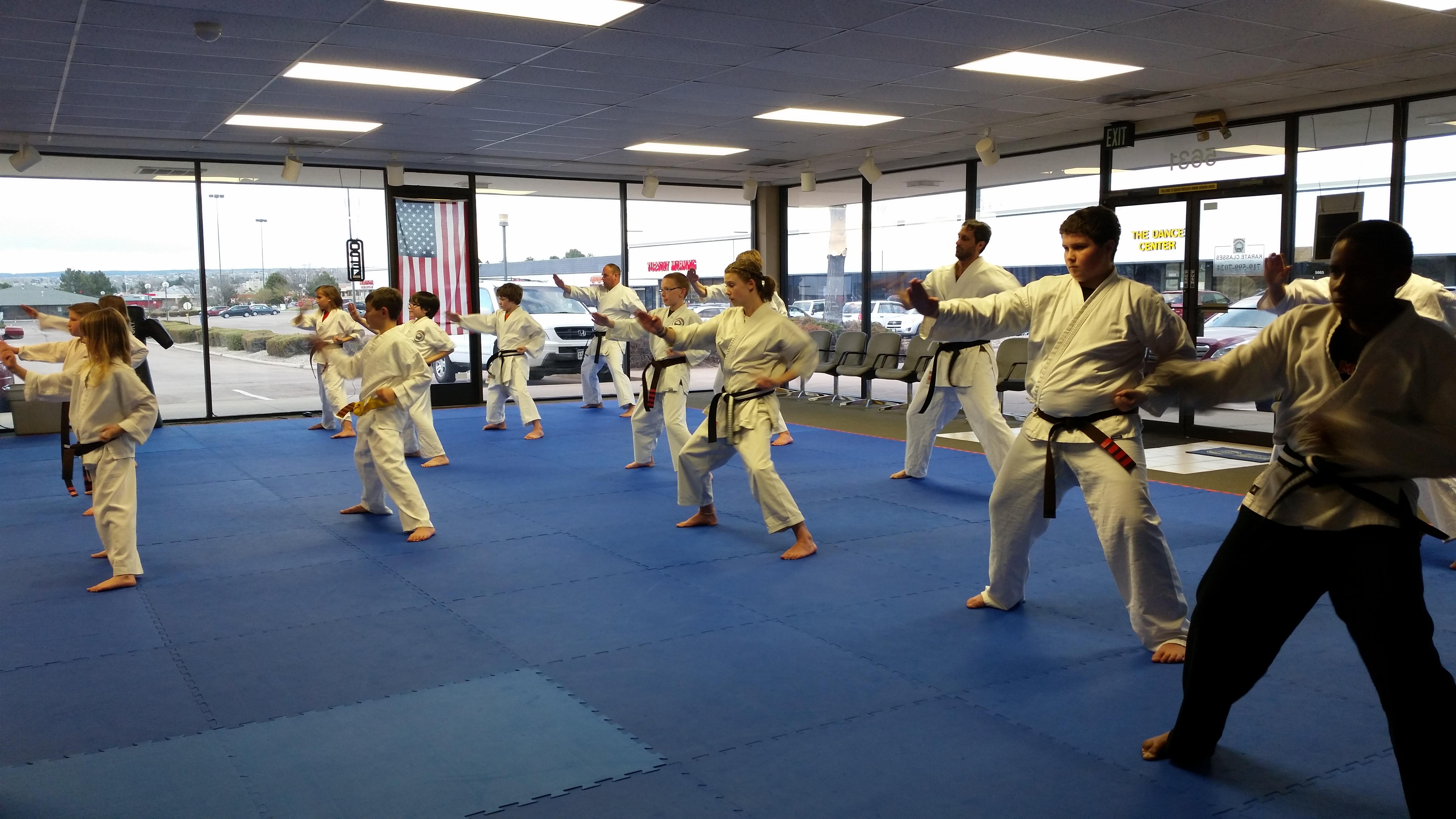 colorado springs adult community education classes