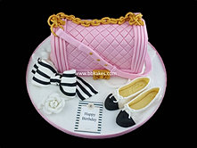Pink Chanel Handbag Cake by Bbkakes
