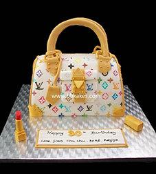 White Louis Vuitton Tote bag Cake