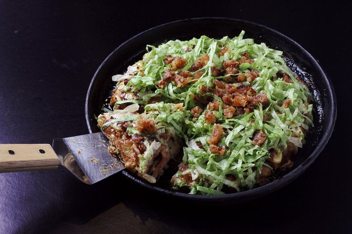 bacon and toasted cheddar okonomiyaki