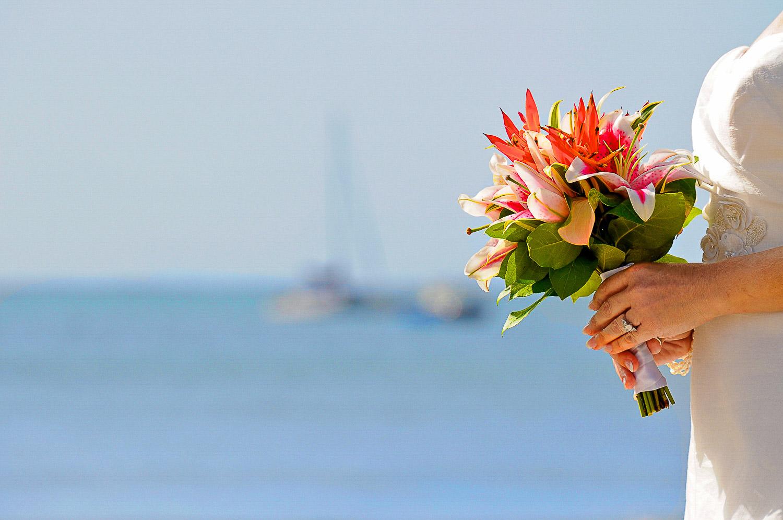 Maui Wedding Bouquets | Tropical Hawaiian Bridal Bouquets