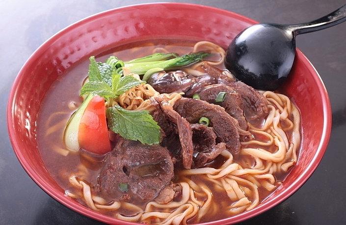 牛肉麵 Beef Noodle Soup**