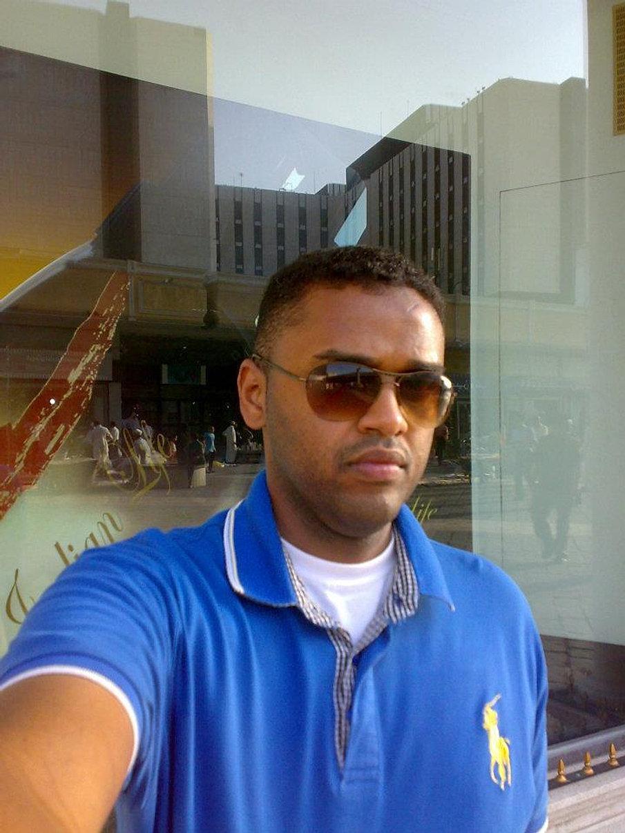 http://markacadeey2004.wix.com/marka