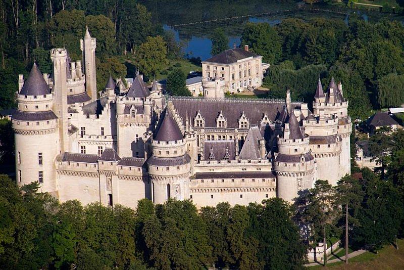 chteau de quesmy mariage dans chateau avec hbergement oise chteau de pierrefonds - Chateau De Pierrefonds Mariage