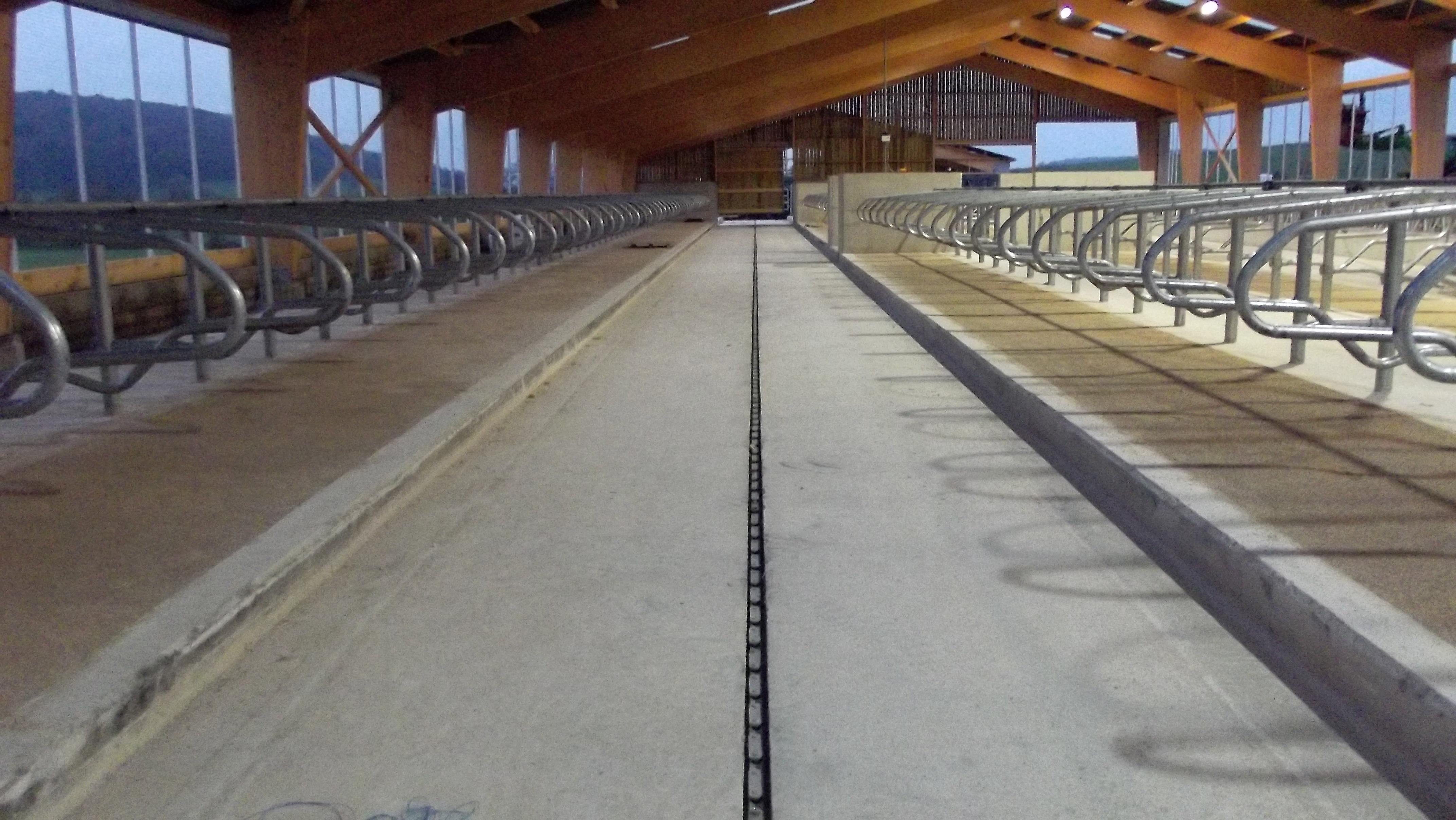 Sarl rodeschini b timent travaux publics construction for Construction agricole