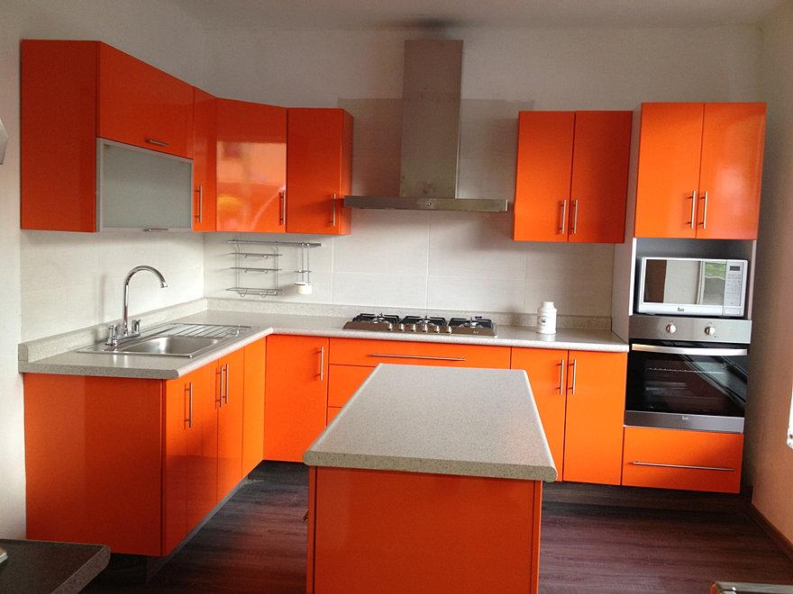 Cocinas integrales proyeccsa - Cocina de color ...