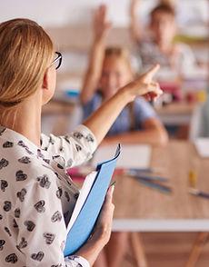 teacher-her-aspiring-pupils.jpg