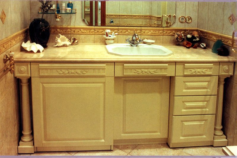 Встроенная мебель в ванной