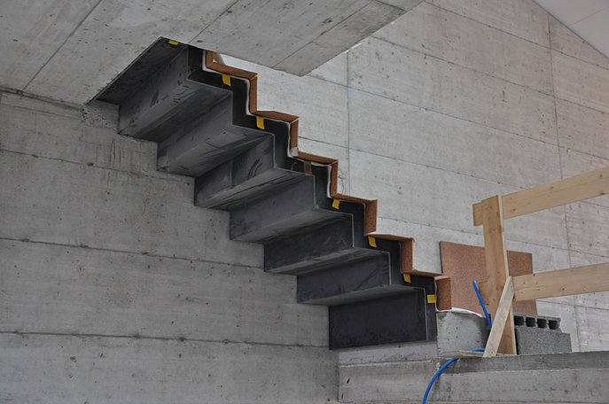 C design bfup escaliers pr fabriqu b ton ductal lafarge for Escalier prefabrique