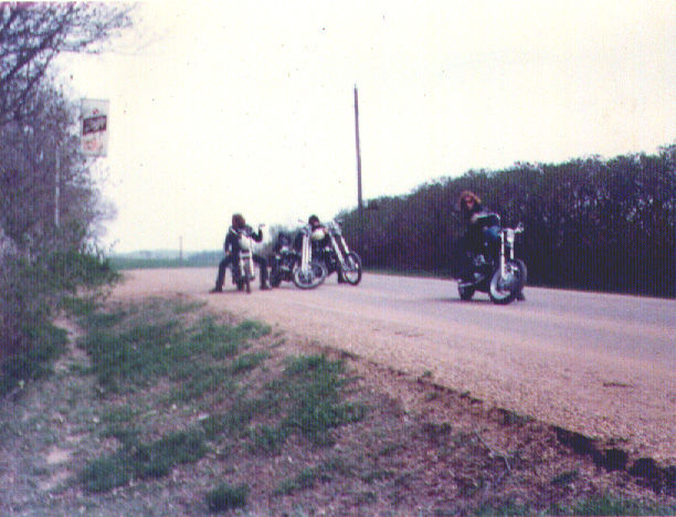 elforasteromotorcycleclub01_046