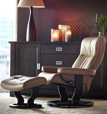 Best Price On The Stressless Crown Medium Recliner Chair By Ekornes