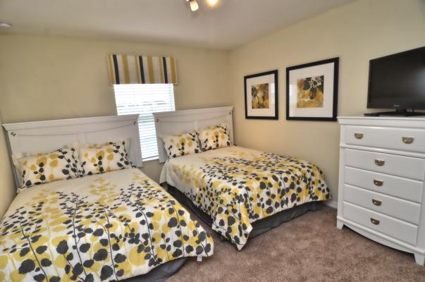 Aluguel Orlando  Quarto com duas camas de casal
