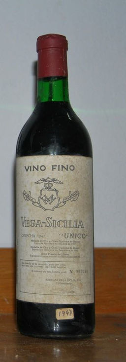 VEGA SICILIA UNICO 1947.jpg
