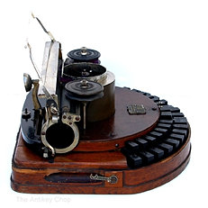 Hammond No.1 Typewriter from AntikeyChop.com