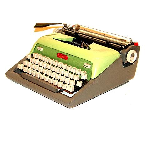 Royal Futura 800 Portable Typewriter