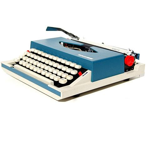 Royal Sprite Portable Typewriter
