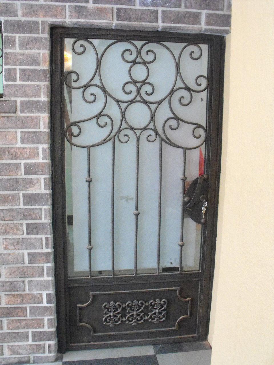 Constructora destaca s a for Puertas hierro forjado