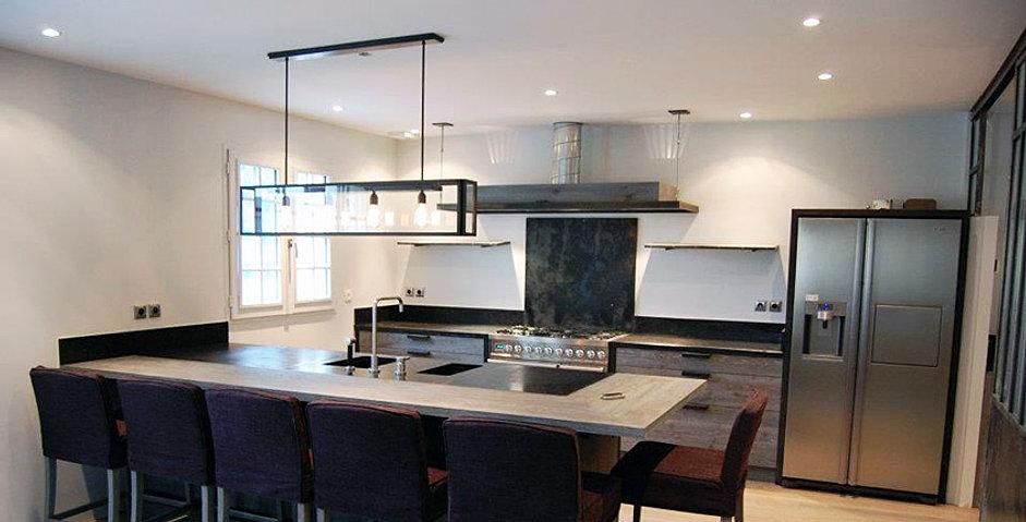 D co salon cuisine moderne for Salon cuisine moderne