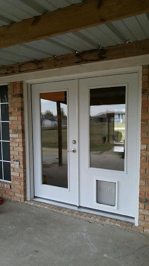 Doors4petsandpeople home french doors 4 pets - Exterior french doors with pet door ...