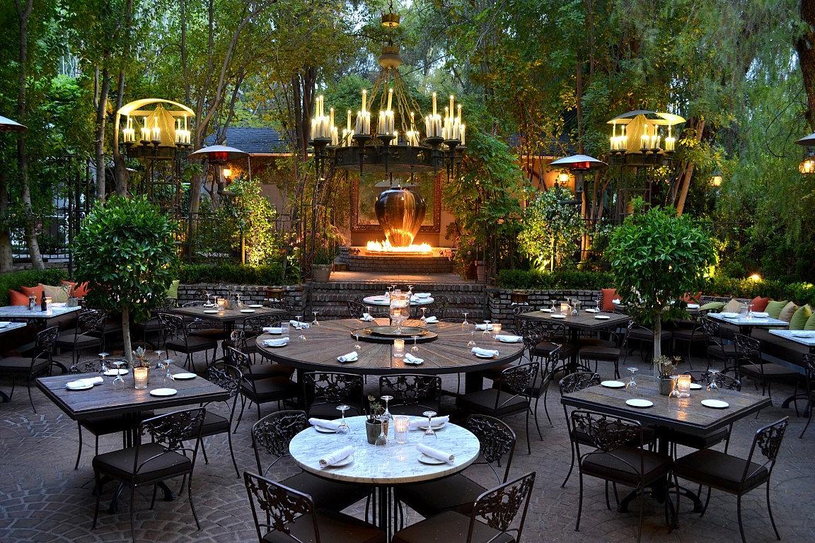 Villa Restaurant Woodland Hills Villa Patio Dining