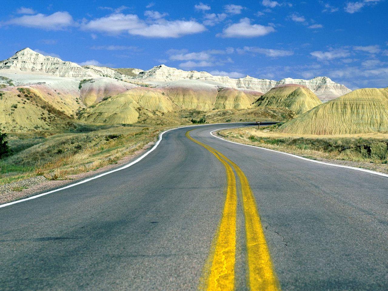 Roadscape-Badlands-National-Park-South-Dakota.jpg
