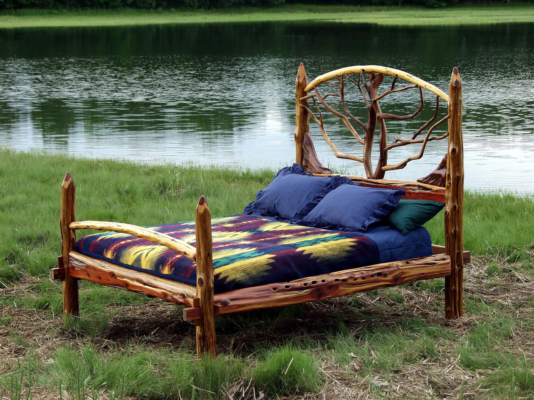 Cedar Queen Bed