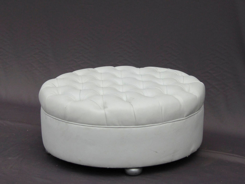 Round Tufted Leather Ottoman Round Classic Tufted Ottoman