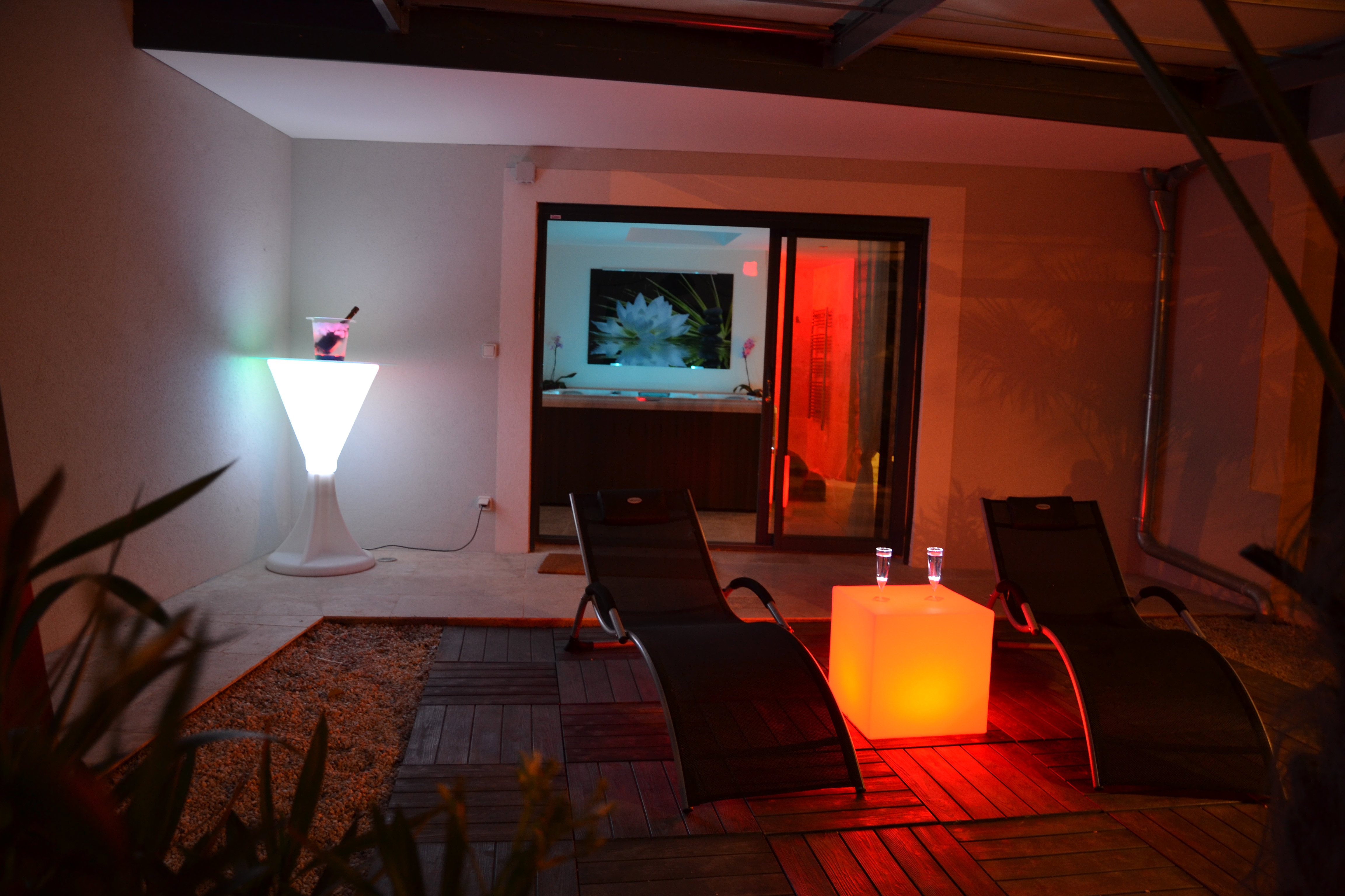 Chambre Avec Jacuzzi Privatif Paca Full Size Design Duintrieur