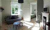 Hyr vår hembygdsgård för fest, bröllop, begravningar, boende och konferenser i Västergarn på Gotland