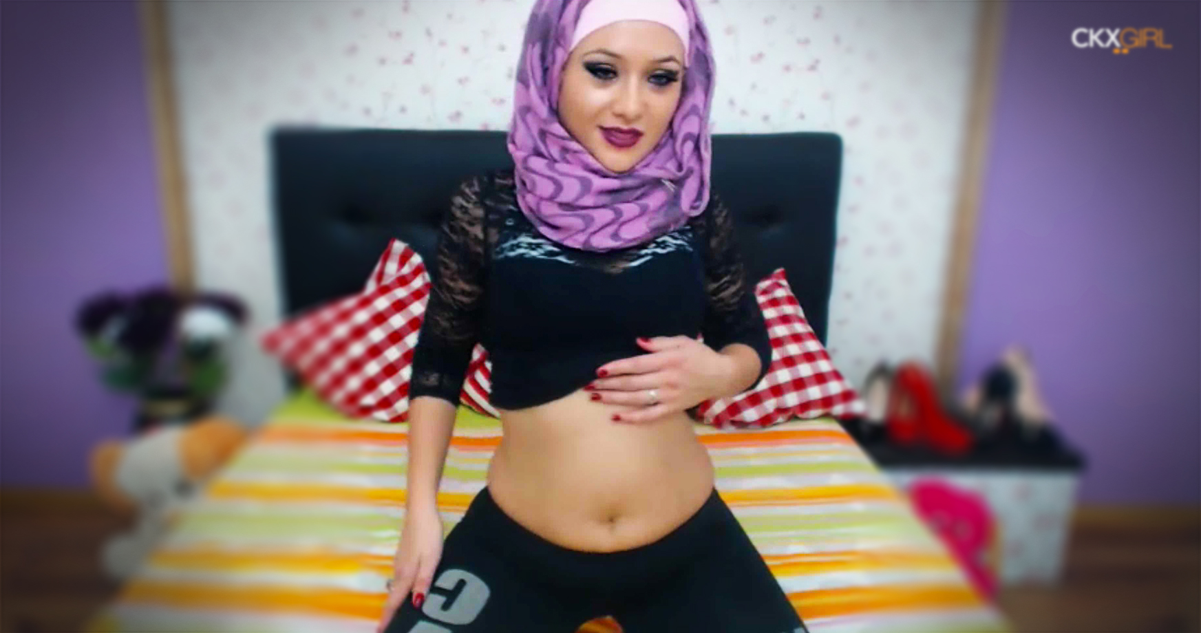 Фото голых в хиджабах ничего