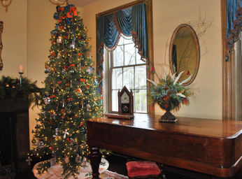 Christmas in the Music Room 2014.jpg