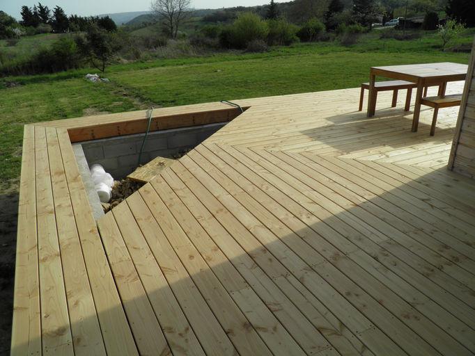 Terrasse bois valence for Cash piscine st peray