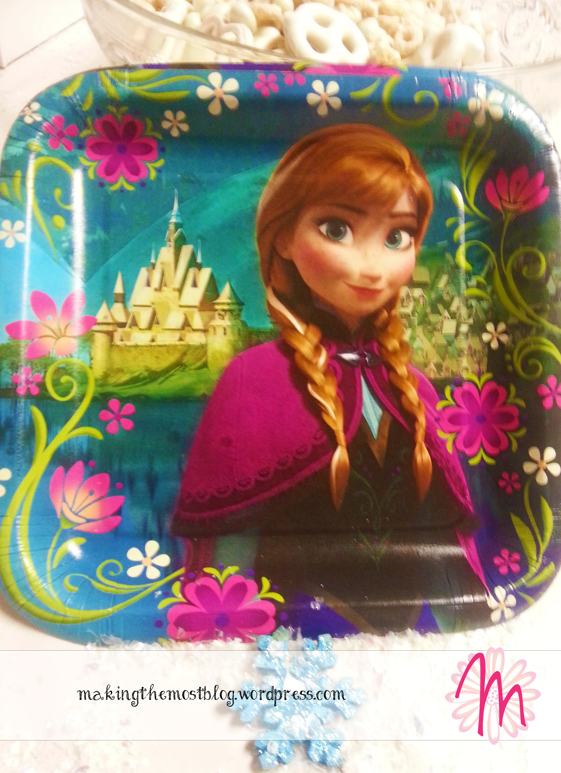 Plates | Disney Frozen Birthday | Making the Most Blog