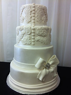 Embroidery Wedding Dress Cake