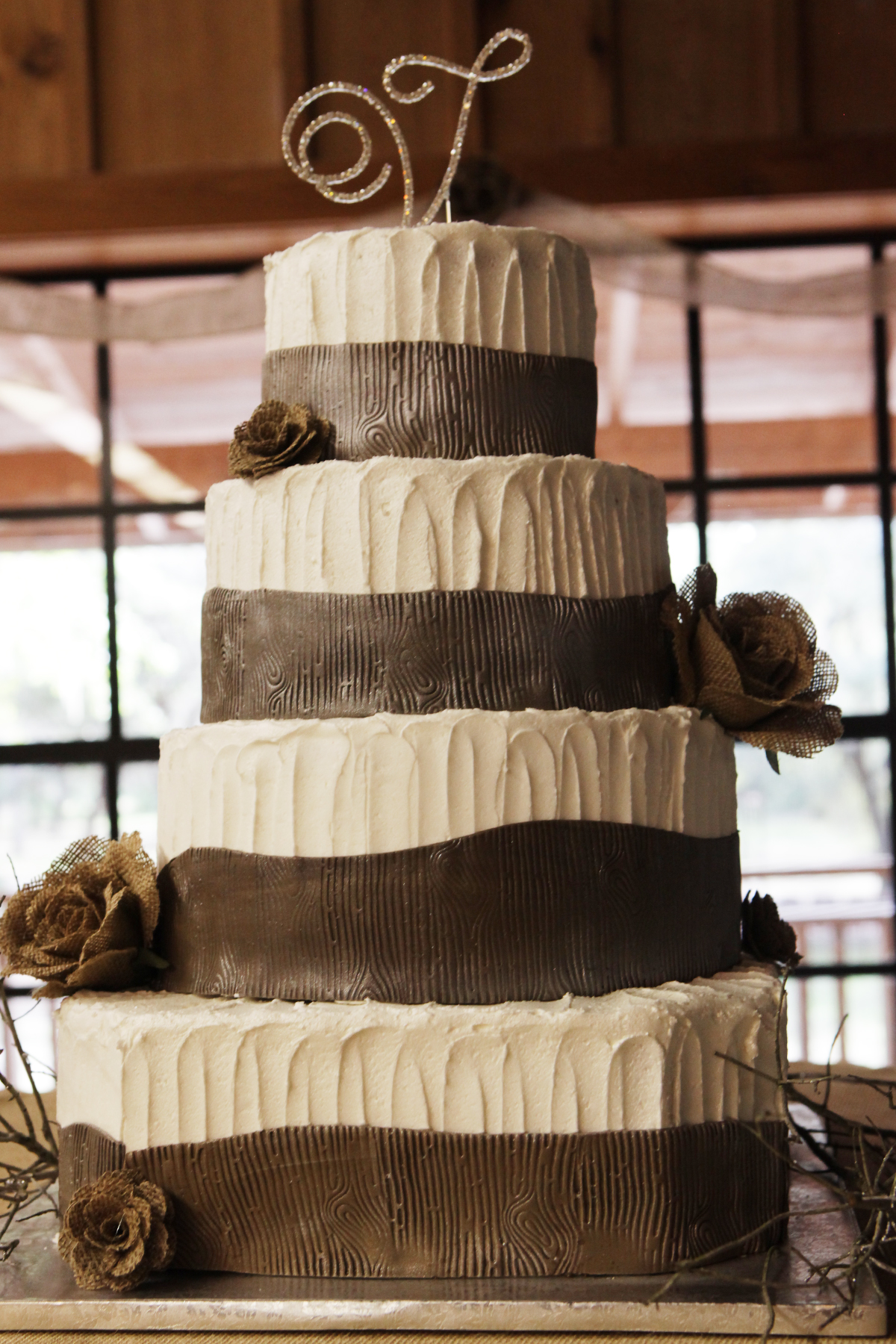 Western Rustic Wedding Cakes Viewing Gallery